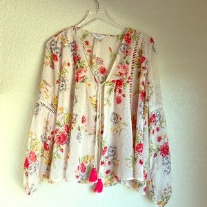 Time and tru sheer cover up floral blouse 👚